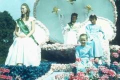 1977-(16)