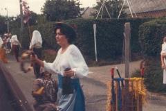1985-(13)