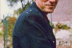 1977-(11)