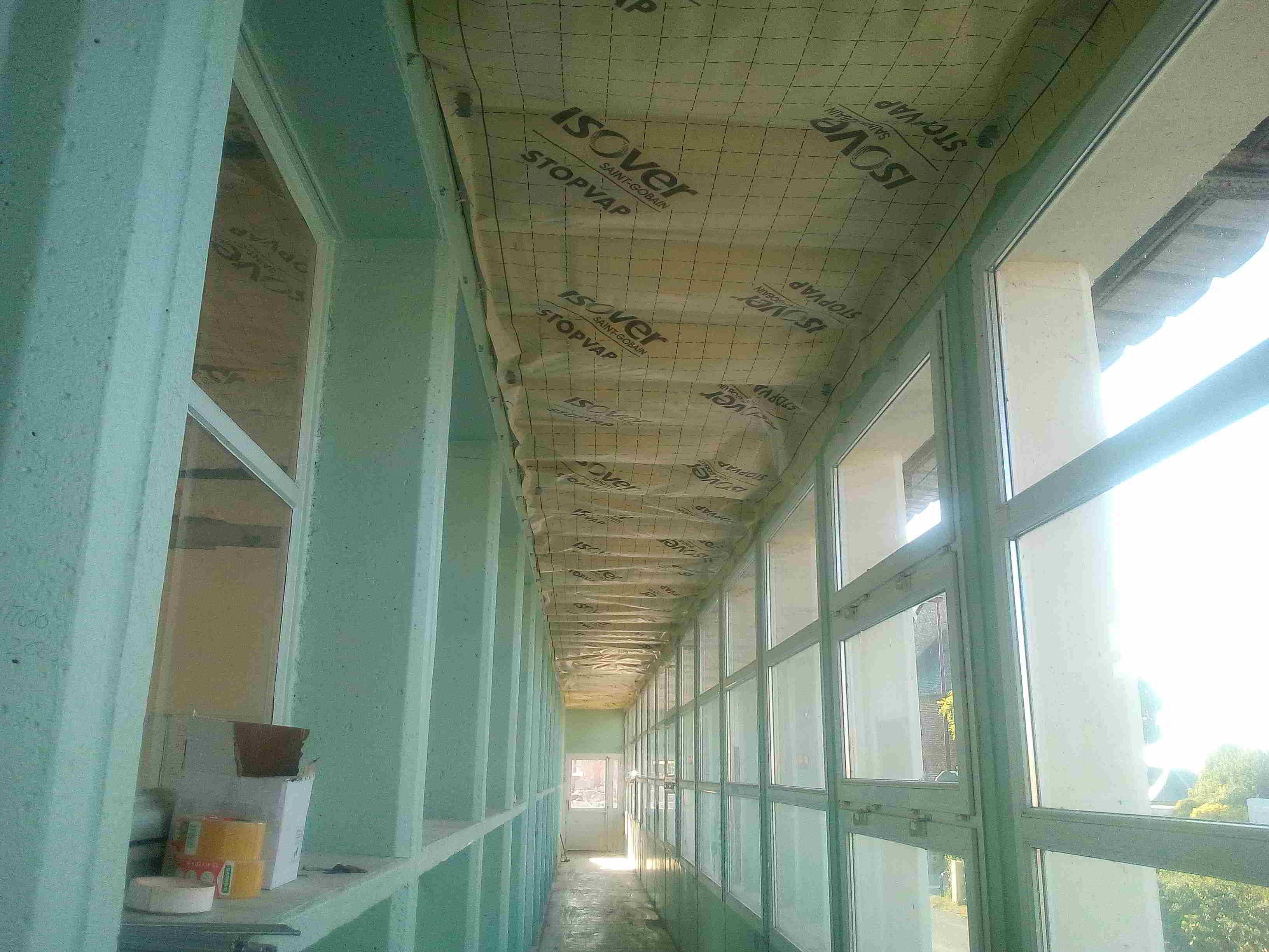 Isolation du plafond du couloir